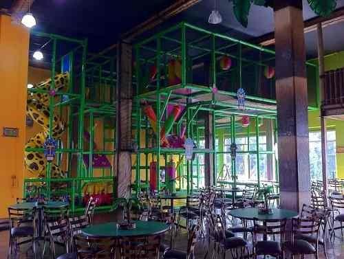 lomas verdes: traspaso salón de fiestas en funcionamiento de nombre reconocido.