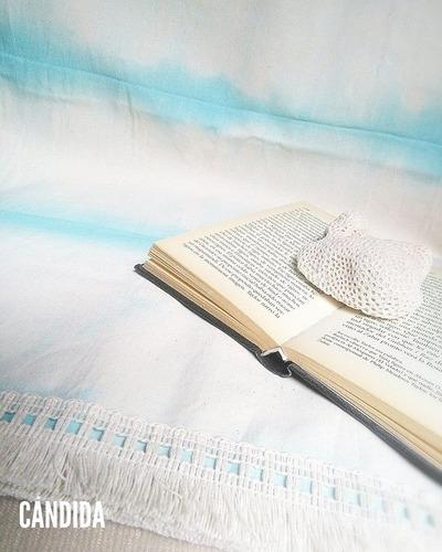 lona playera. pie de cama. mantel. manta. gris, rosa y aqua