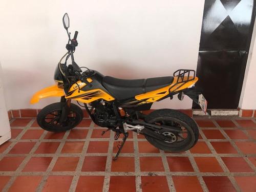 loncin rover 2013 amarilla