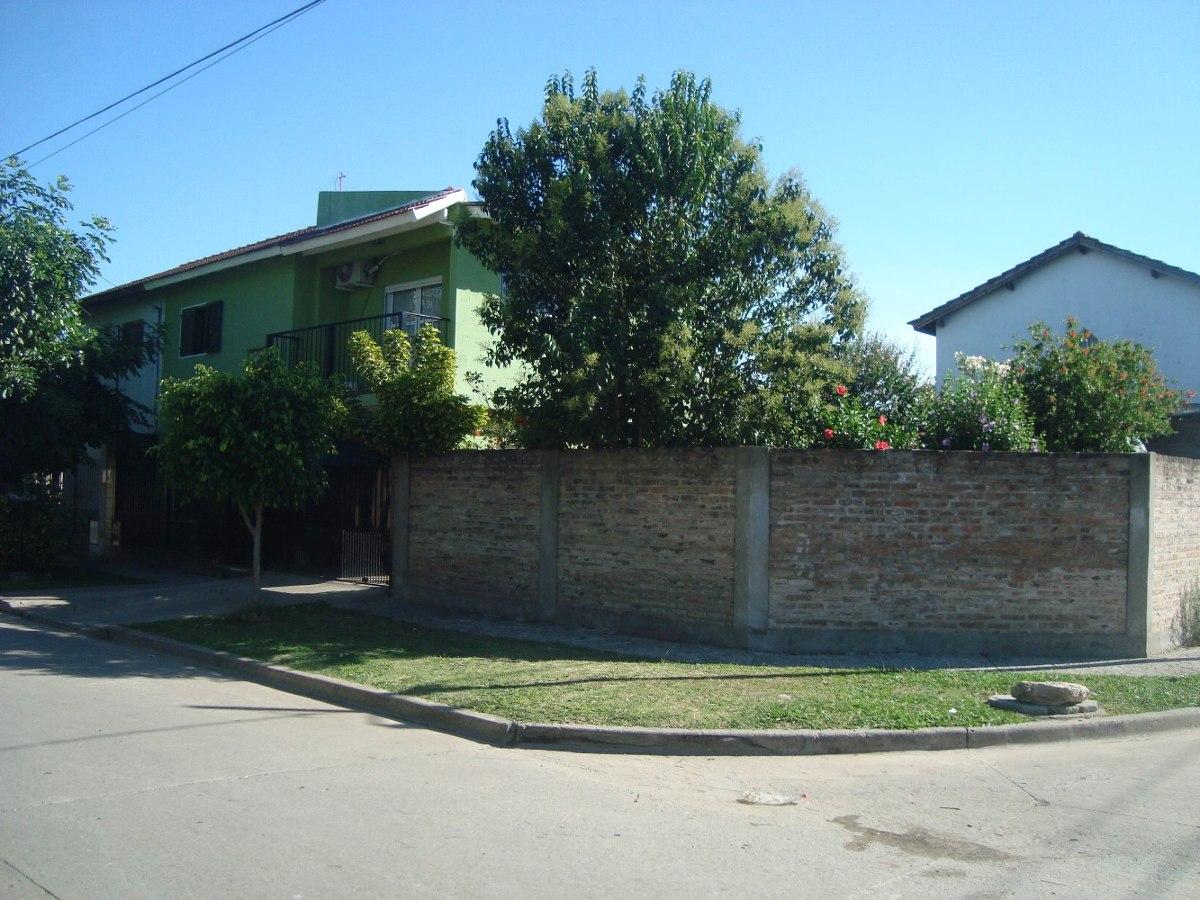 longchamps: barrio policial. duplex 3 dormit. c/parque-garag