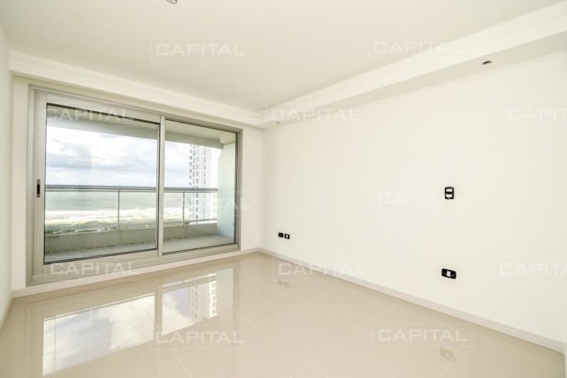 look brava , piso medio dos dormitorios con vista al mar-ref:28776