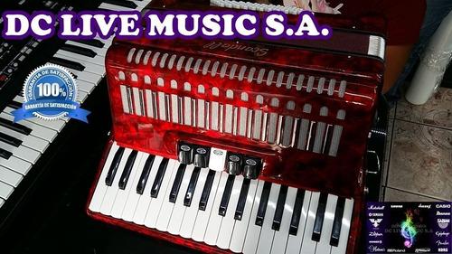 los acordeones scandall de 72 bajos y 5 registros