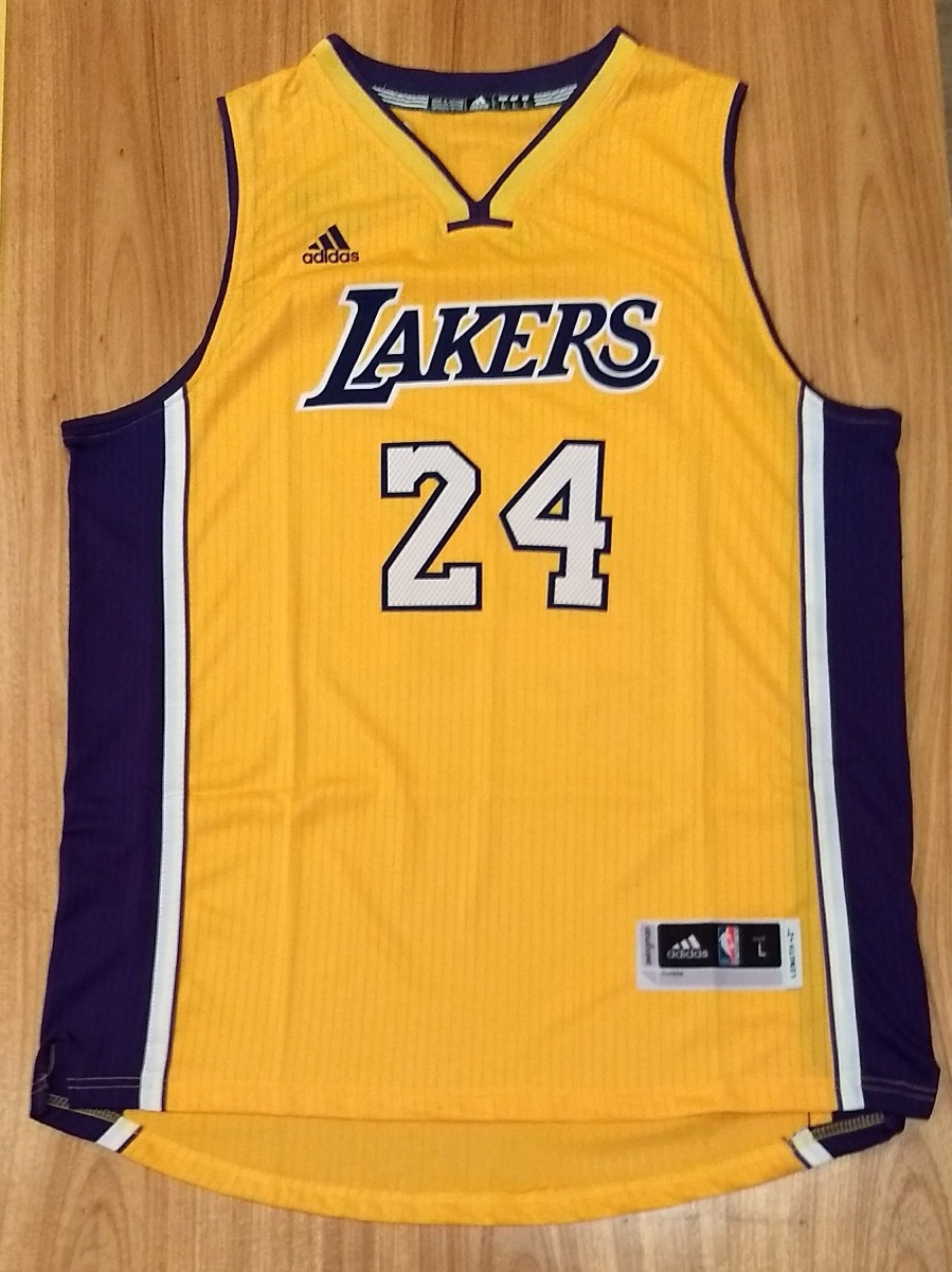 411fcdbd9 Los Angeles Lakers - Kobe Bryant - Camiseta Basquete - R  150