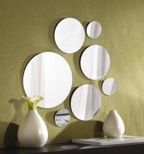 los elementos redondos de montaje en pared espejo conjunto