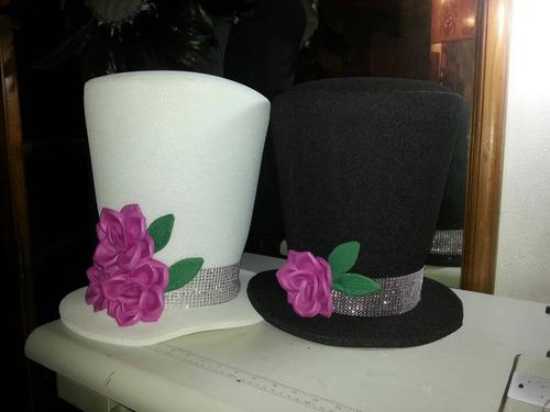 los mas espectaculares sombreros para la hora loca