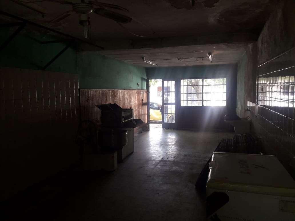los plátanos - santiago morritan 3700 - venta casa con 2 lotes