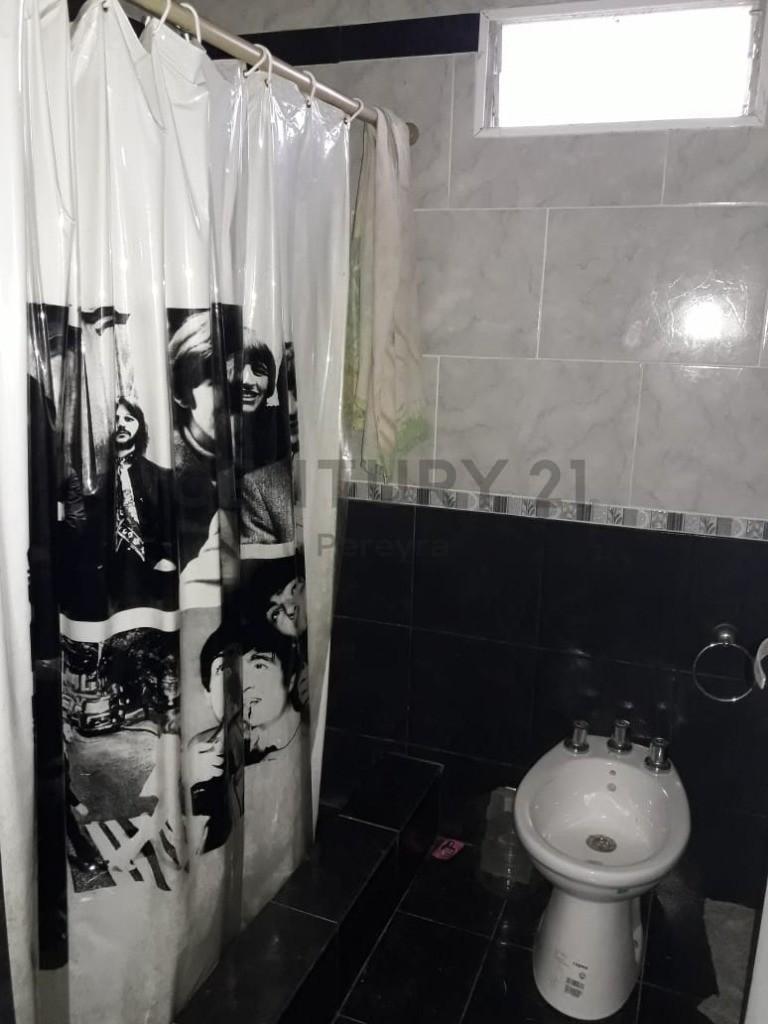 los talas. casa de 2 dormitorios en venta, berisso
