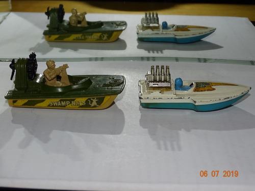 lote 10 - com 2 miniaturas matchbox swamp rat e seafire b992