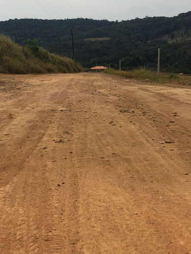 lote 1000 m2 portaria 300 mts da rodovia 100% plano confir j