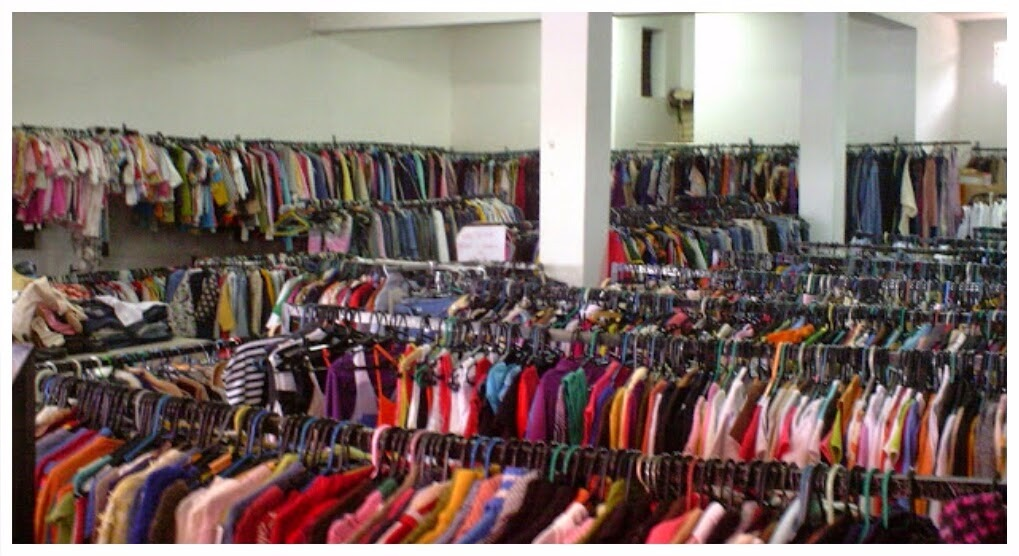 c919f3f27a8 lote 20 roupas usadas importada p  brecho pronta entrega. Carregando zoom.
