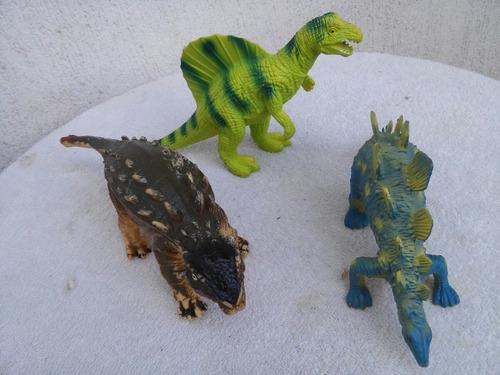lote 3 dinossauros 27 cms 0k