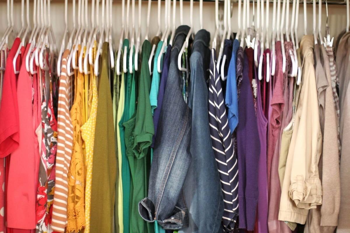 59eede7f512 lote 30 peças usadas para brechó bazar roupas variadas. Carregando zoom.