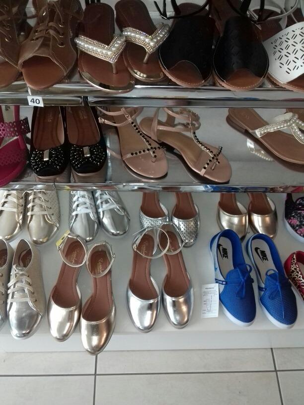 2ebb5aef8f Lote 30 Sapatos Especiais A Unica - R  1.190