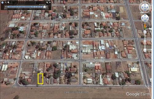 lote 450,00m² (asfalto, agua e esgoto) setor serra dourada 3
