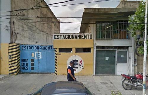 lote 476 m² (actualmente estacionamiento) y local comercial - s.justo (ctro)