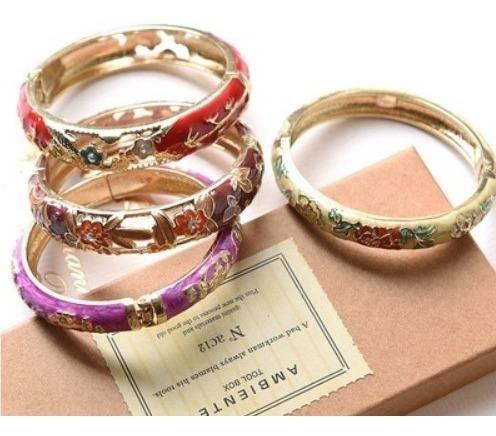 lote 6 pulseiras misturadas esmaltadas estampas mistas