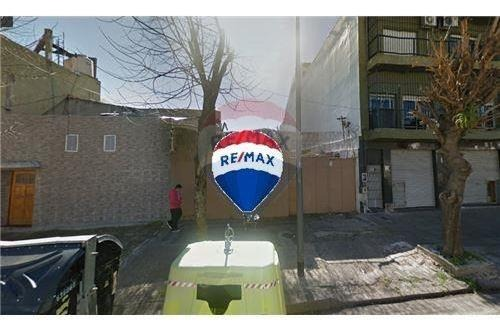 lote 8.66 x 34 - 300m2 u.s.a.b 2 pque. chacabuco