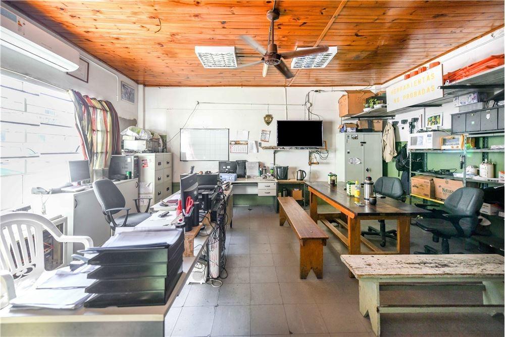 lote 993,18 m2 - centro adrogué- ideal inversión!!