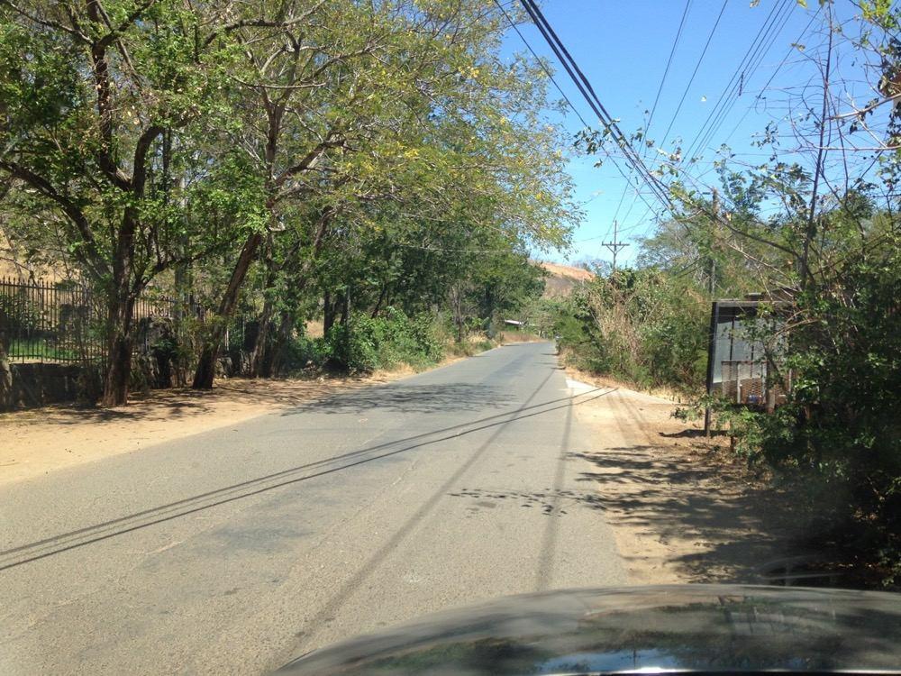 lote a 1 km de playas del coco