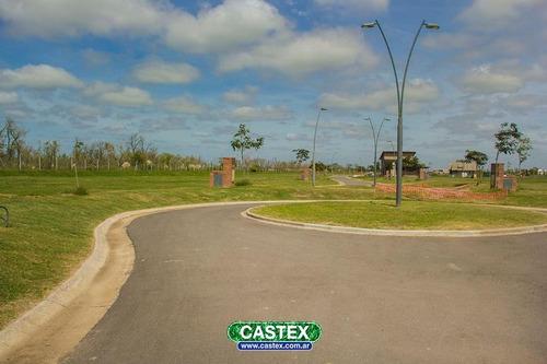 lote a espacio verde en acacias, puertos