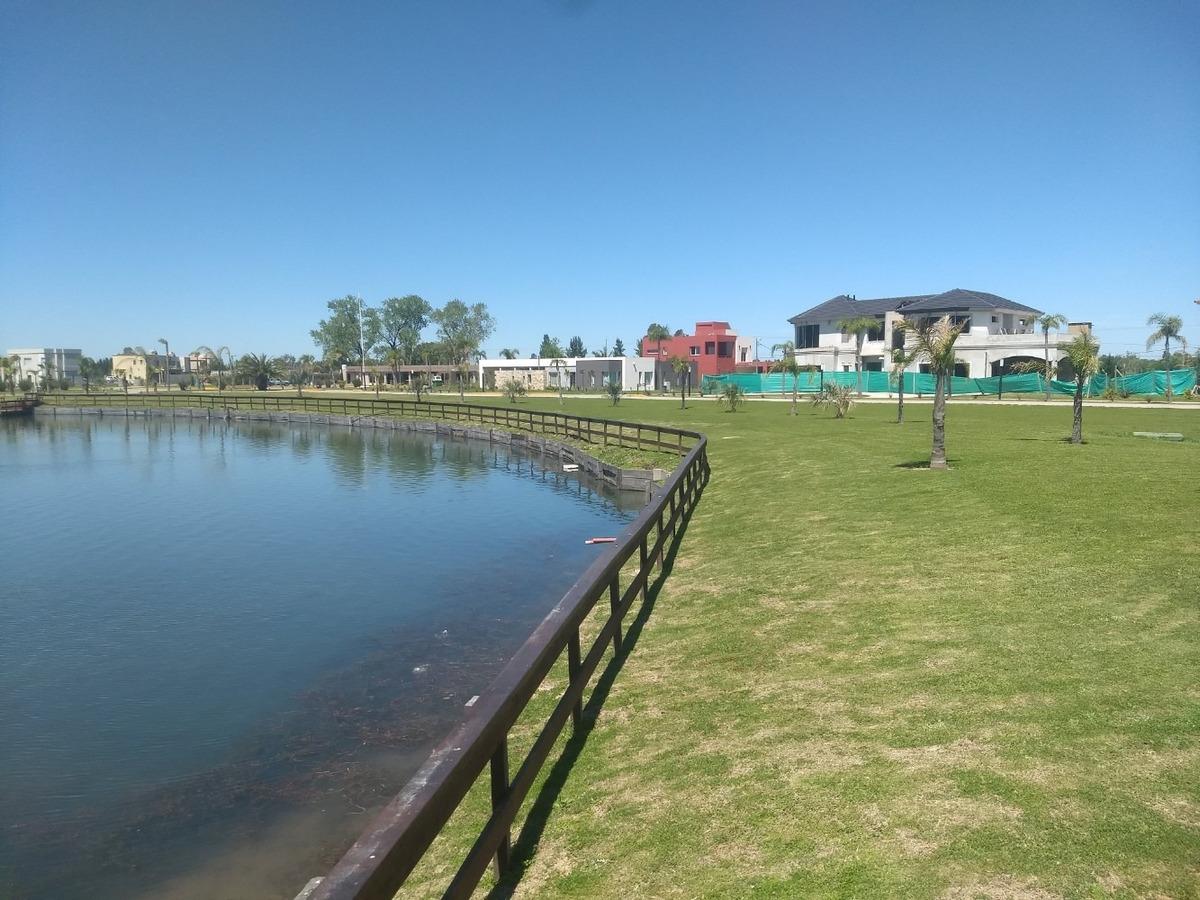 lote a la laguna en lagos de canning