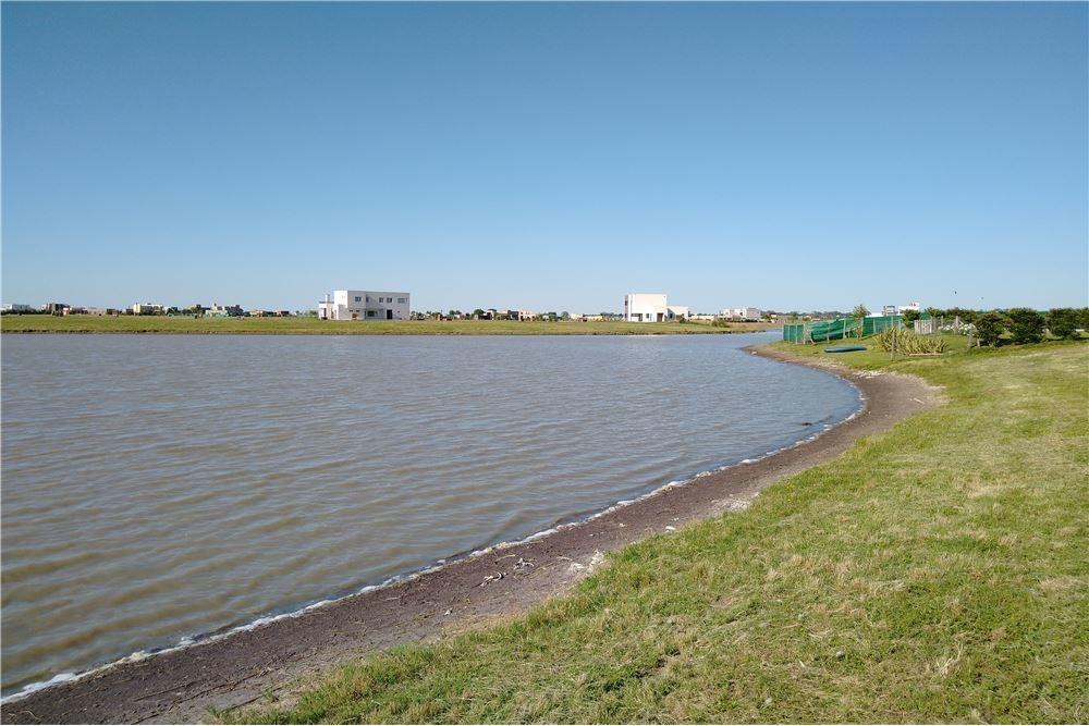 lote a la laguna, san sebastián, área 11, lote 150