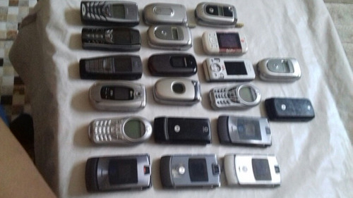 lote c/ 20 celulares(colecionadores/retardada de peças)