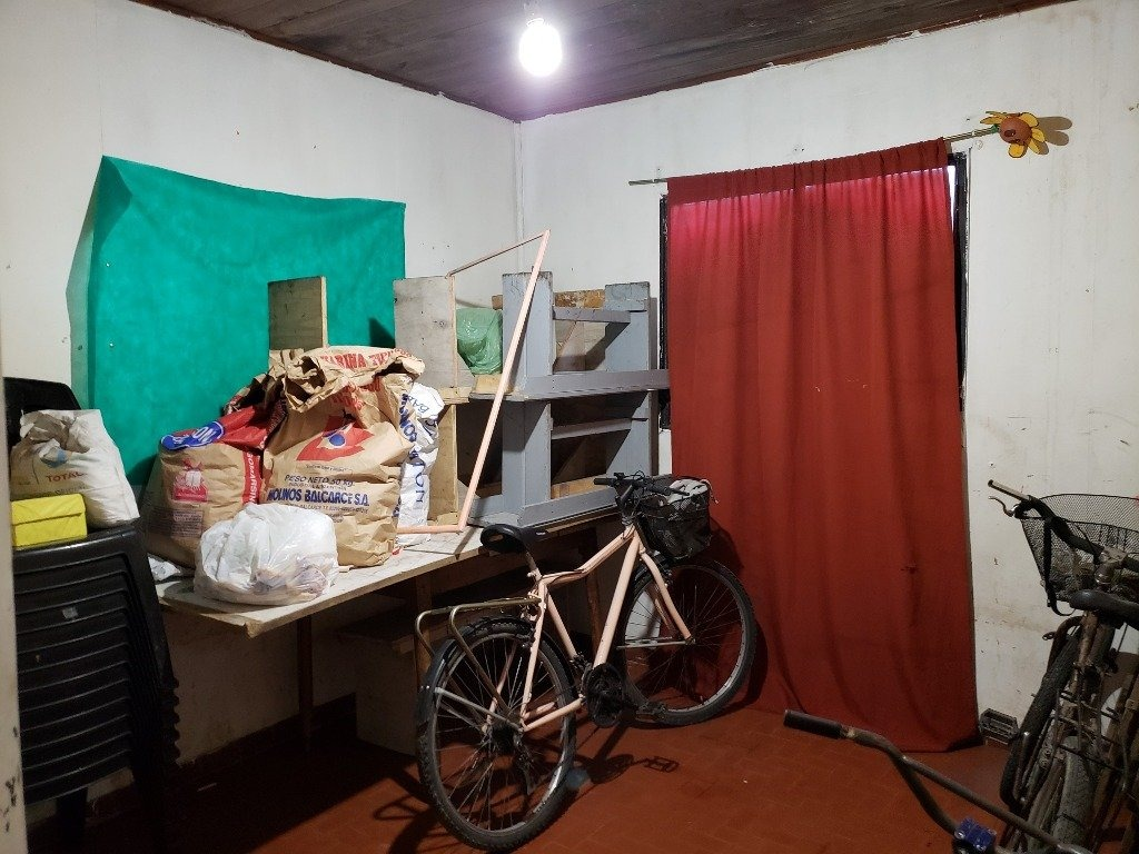 lote / casa a demoler o reciclar, barrio malvinas argentinas en venta!!