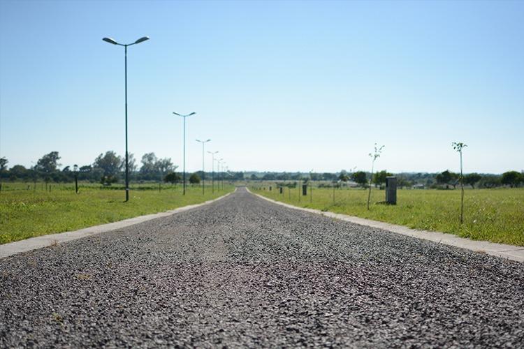 lote central en la cercania - barrio cerrado - mendiolaza