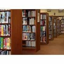 lote com 60 livros seminovos
