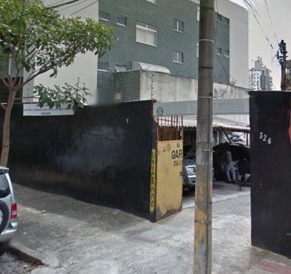 lote com área de 324m² no bairro santo antônio. - 1557