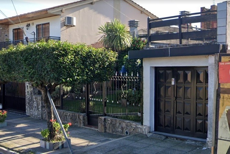 lote con edificación en venta - lartigau 2100 v. luzuriaga