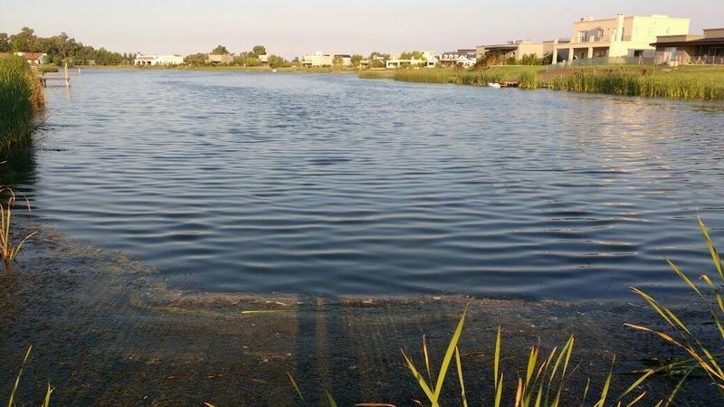 lote con vista a la laguna en san benito, villanueva
