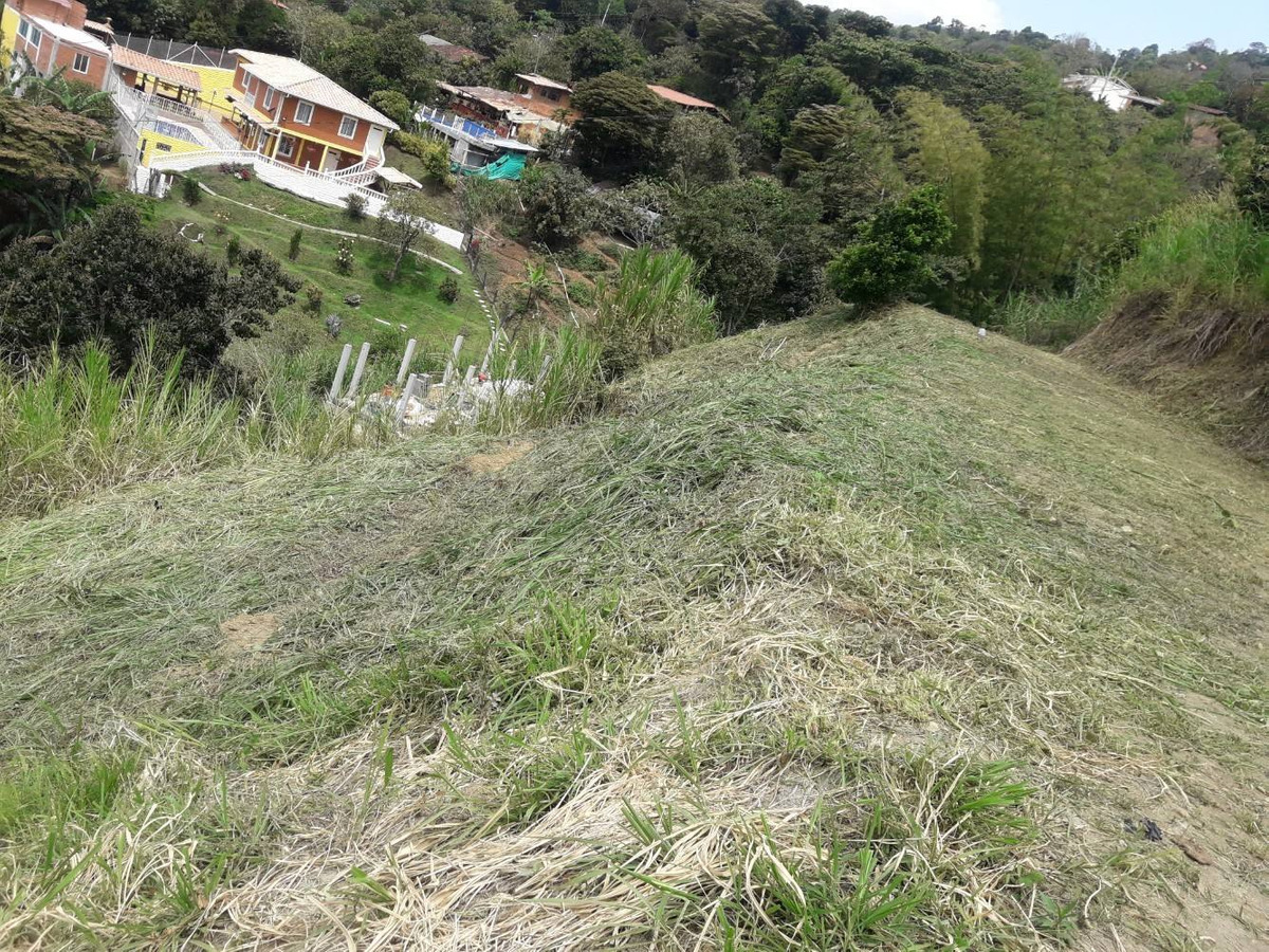 lote copacabana vereda sabaneta 2500 mts.