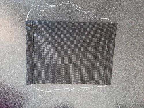 lote de 1300 cubrebocas doble capa desechables color negro.