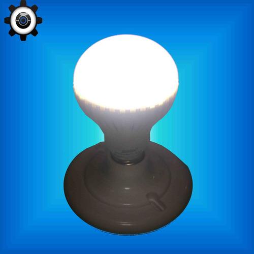 Lote de 15 focos led tipo bulbo de 7 watts en for Luz blanca o amarilla