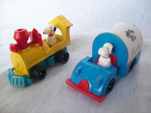 lote de 2 vehículos snoopy 1958 - 1966.