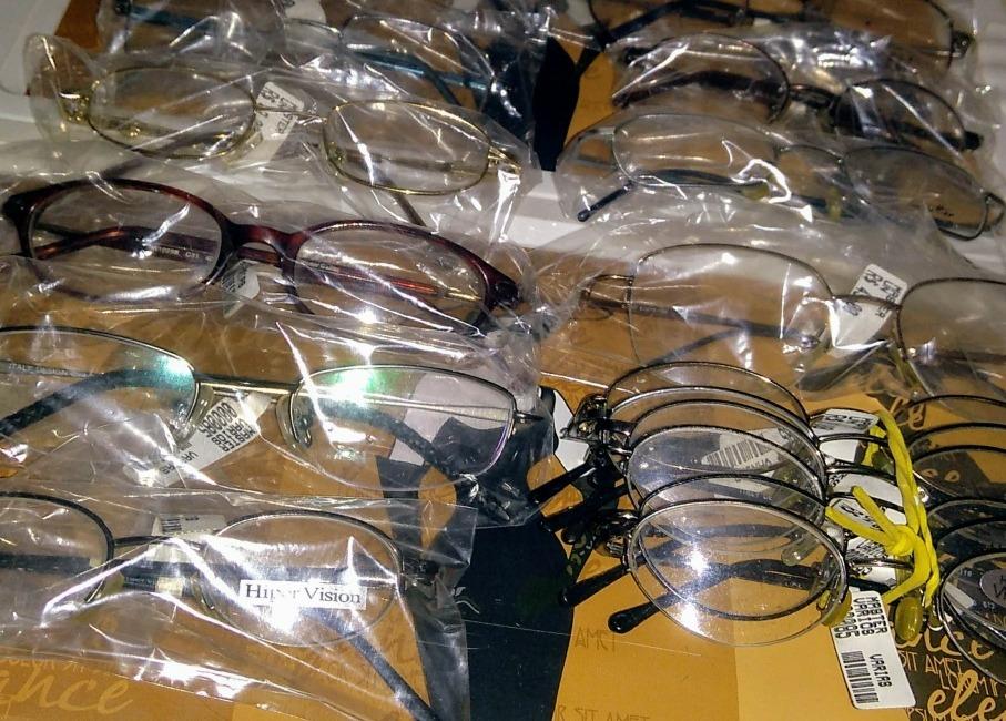 4e87b3f2b679b Lote De 20 Armação De Óculos De Grau Infantil - R  441