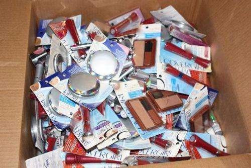 lote de 20 cosmeticos surtidos. loreal,cover g la colors elf