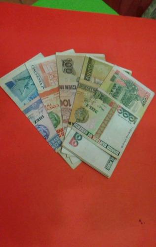 lote  de 25  billetes intis