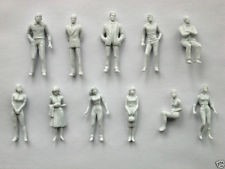 lote de 25 personas blancas  personajes esc 1:43 1:50