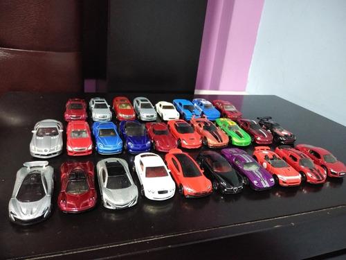 lote de 28 autos deportivos hotweels