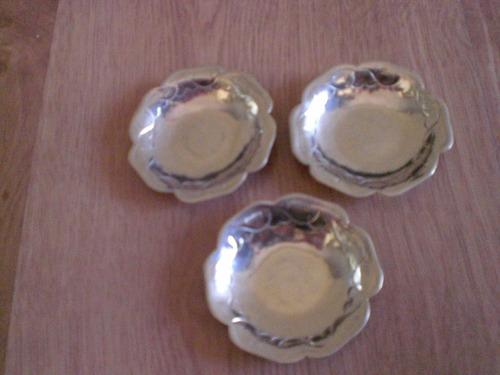 lote de 3 platitos de plata alemana 7 cm diametro