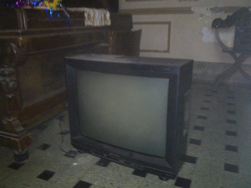 lote de 30 tv a reparar 29 28 25 21 y 20 pulgadas-tubo sano