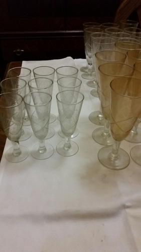 lote de 31 finas copas de cristal talladas 3 tamaños diferes