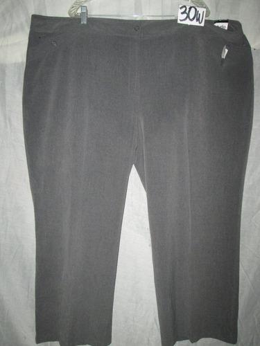lote de 4 blusas y 3 pantalones ,2 brassier y 1 chamarra