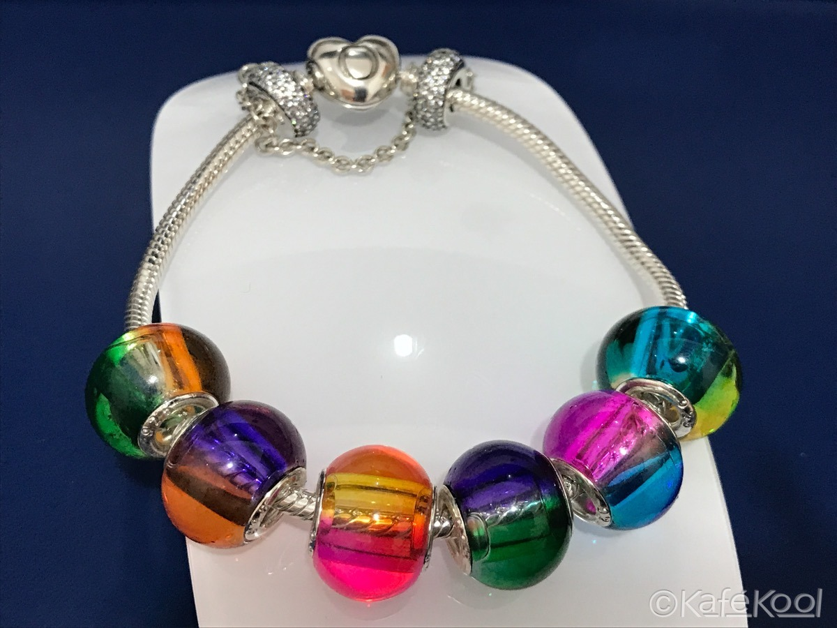 pandora charm arco iris