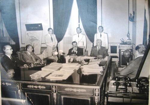 lote de 6 fotos presidente paraguay alfredo stroessner