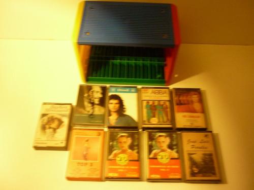 lote de 9 cassettes con caja ordenadora. para coleccionar.