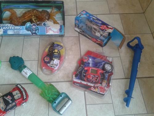 lote de brinquedos kit carrinho ben 10.. leia a descrição.